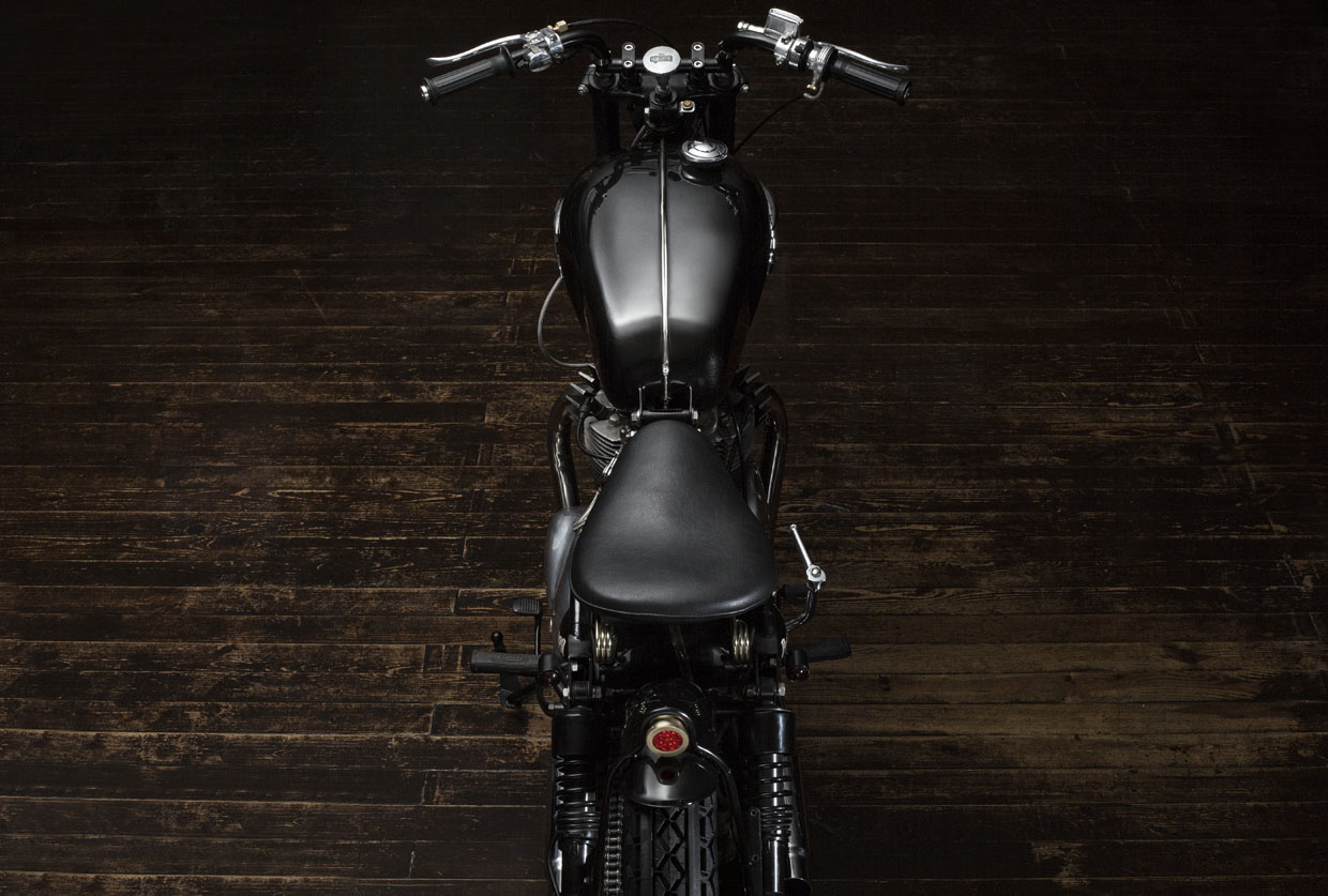 Triumph 5ta 1961 Right_side_1 Bunker Customs Bobber black wood